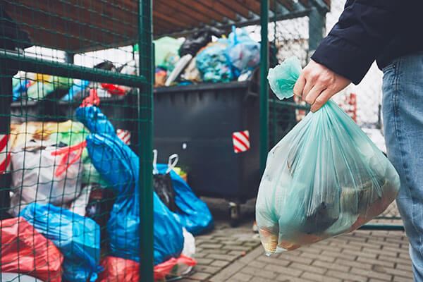 2021 How Much Does Rubbish Removal Cost? | HIREtrades